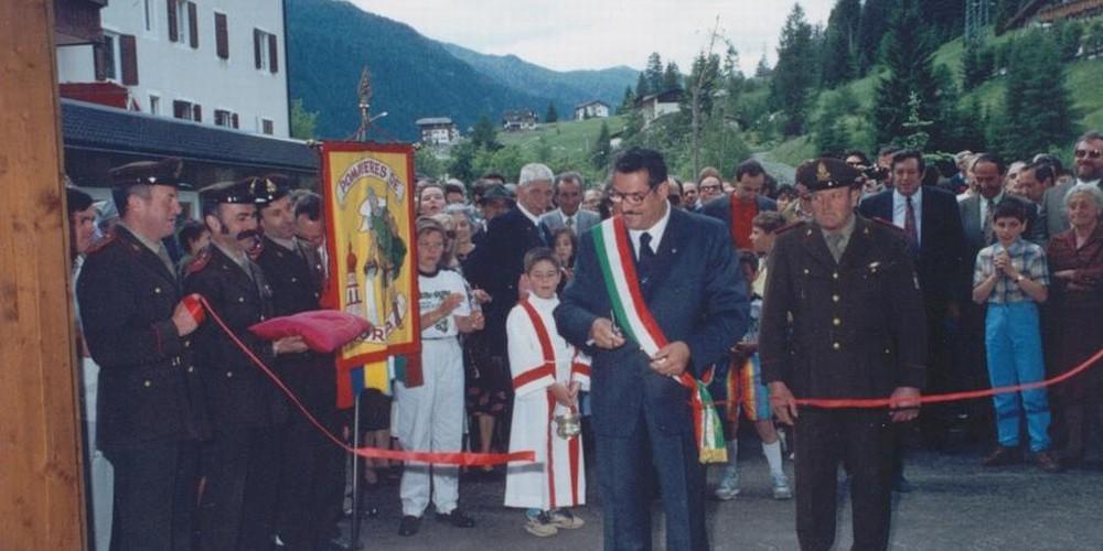 1990 Inaugurazione nuova sede VV.F. Soraga